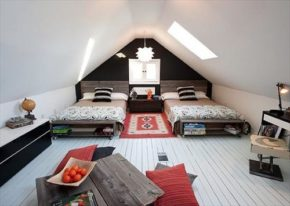 Attractive and charming pallet beds