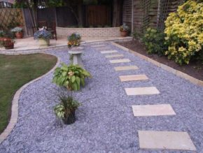 "Modern and beautiful combination of smooth stone and pebbles of the ""gravel"" type"