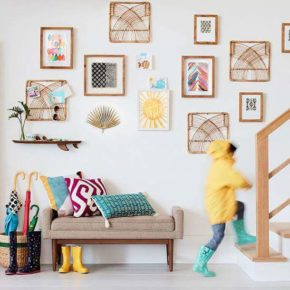 Wall Decoration on stairs