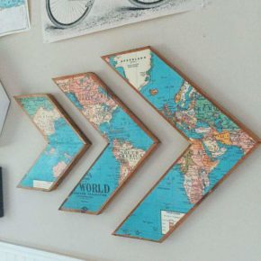 Decoration for journey admirers