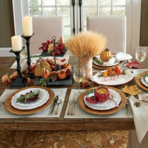 The table as a symbol of the rich autumn harvesting
