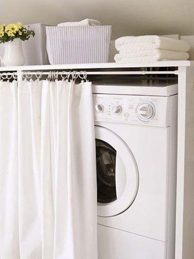 The Curtain in Front of the Washing Machine #bathroom #washing machine #homedecorimage