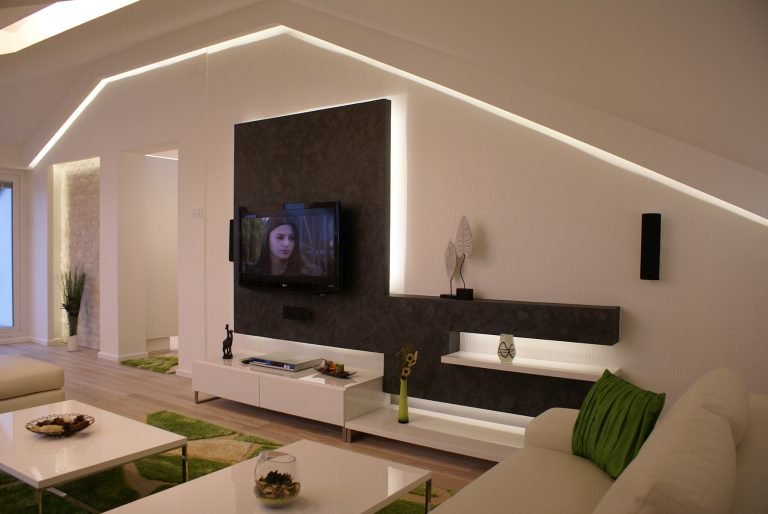 confidence and freedom in the interior solutions for living room