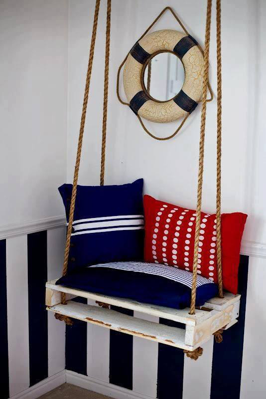 innovative style of swings made of pallets