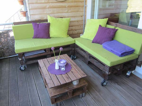 pallet furniture with cushions