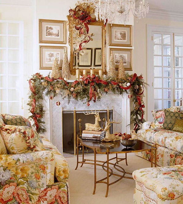 Christmas Decoration in Red and Gold ideas #Christmas #mantel #decoration #homedecorimage