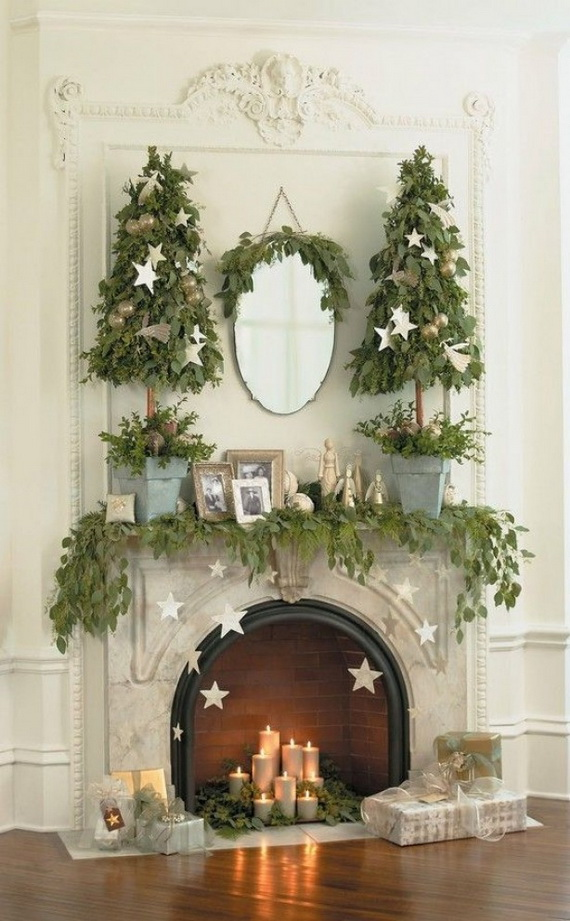 Mantel Christmas Decoration Idea with Candles #Christmas #mantel #decoration #homedecorimage