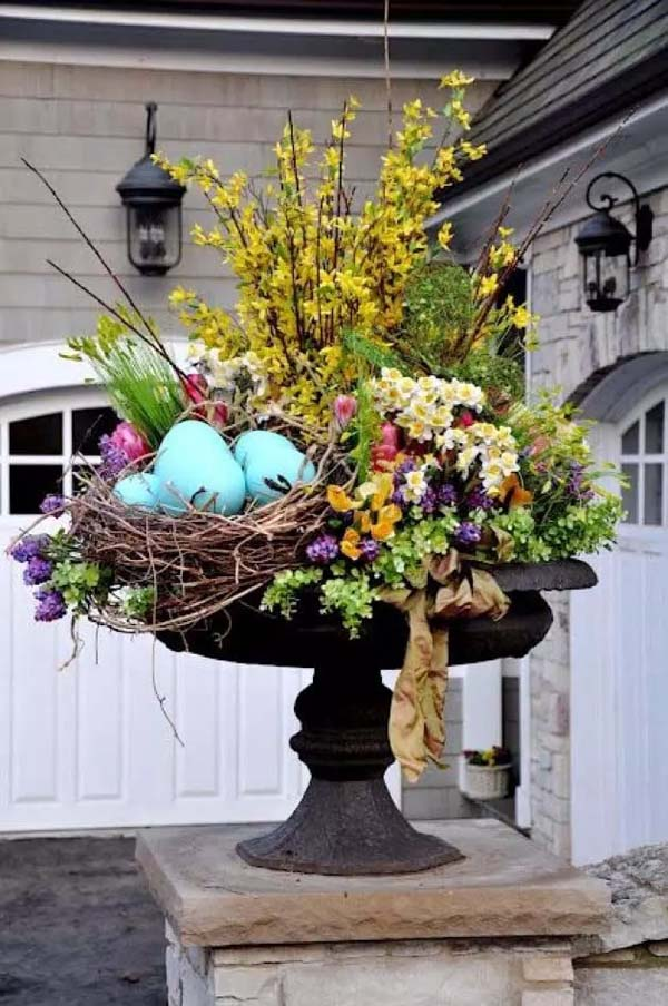 Create Colorful Floral Outdoor Display #spring #decor #homedecorimage