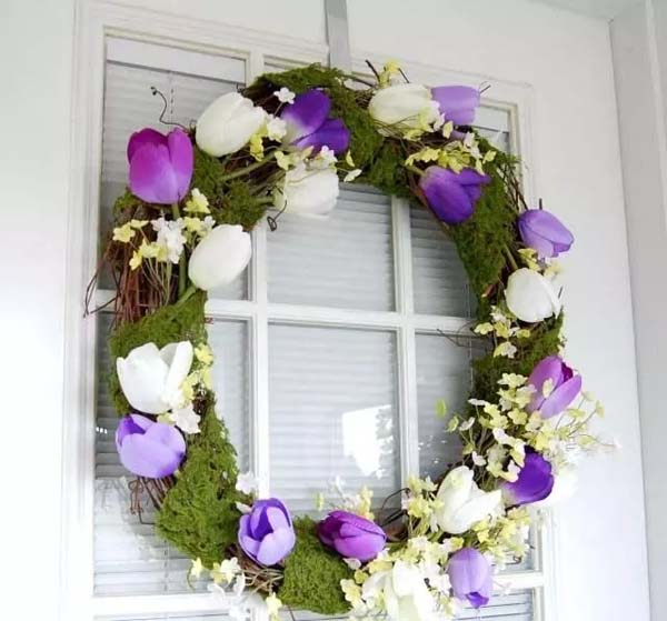 Wreath Made From Tulip and Moss #spring #decor #homedecorimage