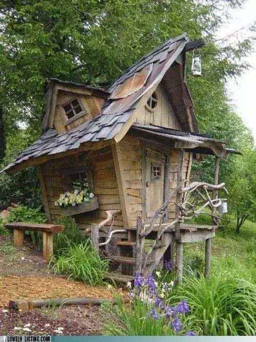 Small Backyard House Inspired by Fairy Tales #smallbackyardhouses #homedecorimage
